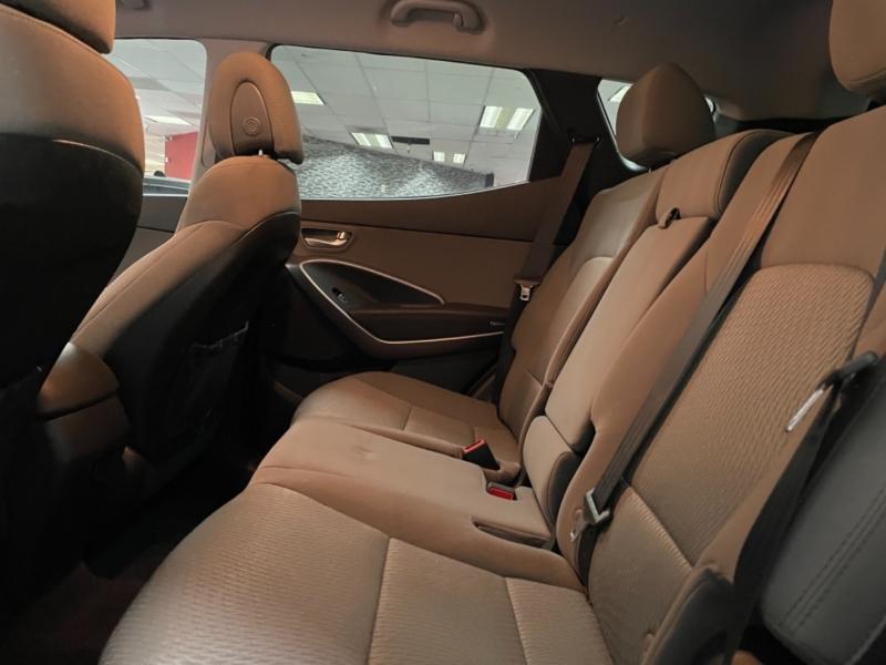 Hyundai Santa Fe Sport AWD 2016 price $19,900