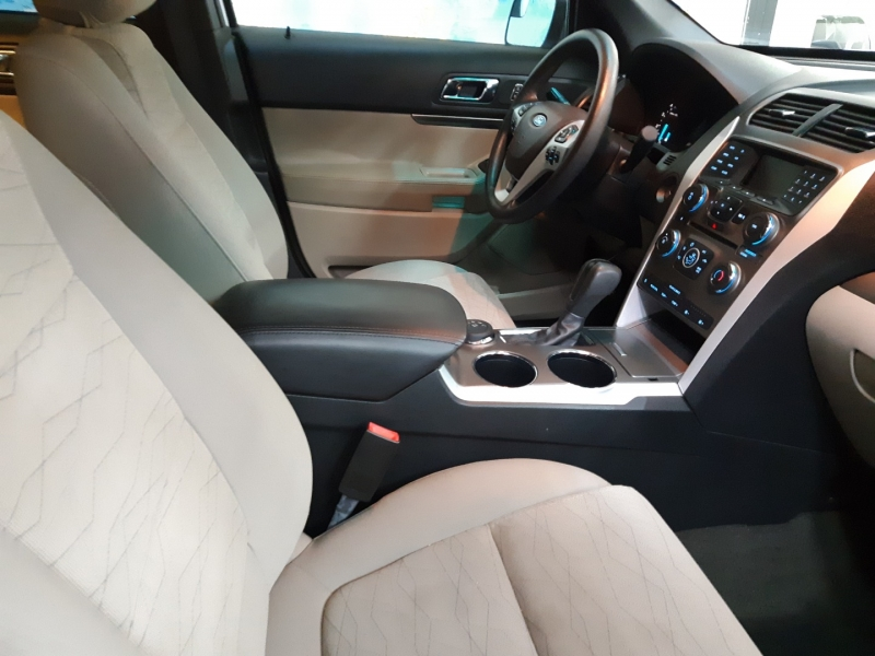 Ford Explorer 4WD 2014 price $18,300