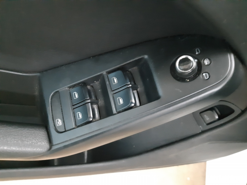 Audi A4 2.0T Premium 2011 price $8,900