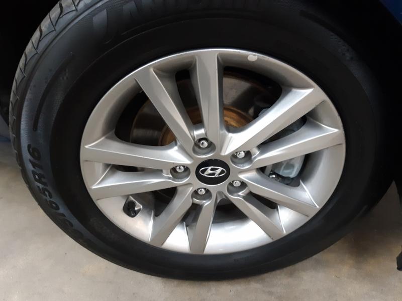 Hyundai Sonata SE 2016 price $13,900
