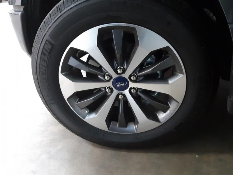 Ford F-150 SuperCrew XL 2019 price $39,000