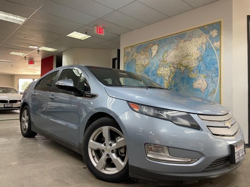 Chevrolet Volt 2014 price $10,800