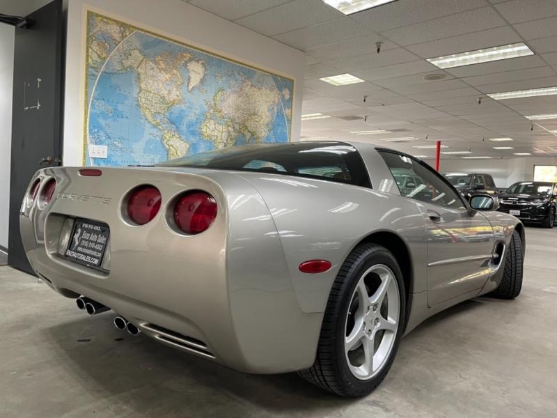 Chevrolet Corvette 2002 price $19,900