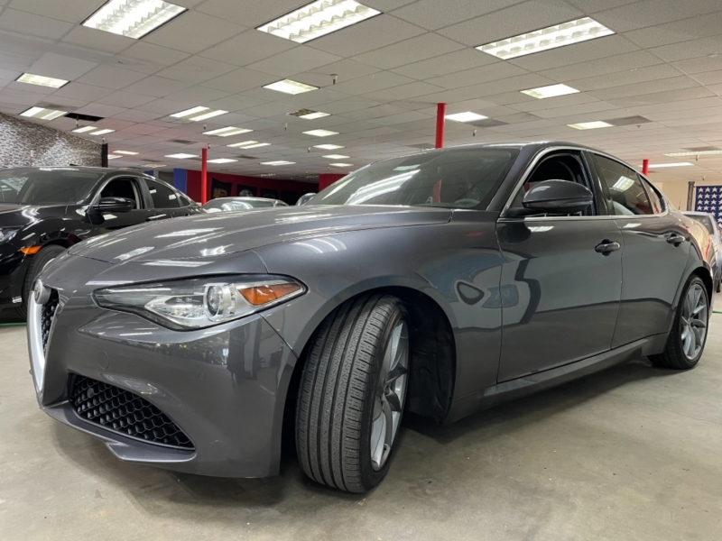 Alfa Romeo Giulia Ti 2017 price $30,900