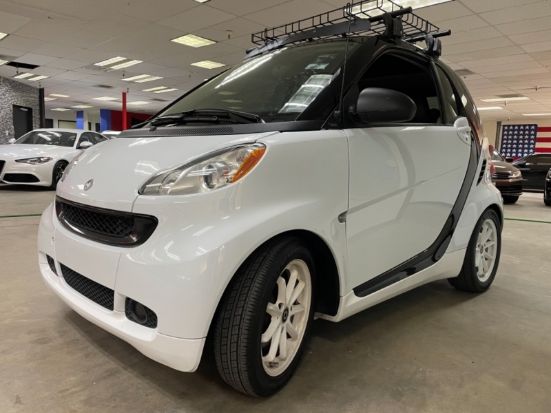Smart fortwo Passion 2009 price $6,900