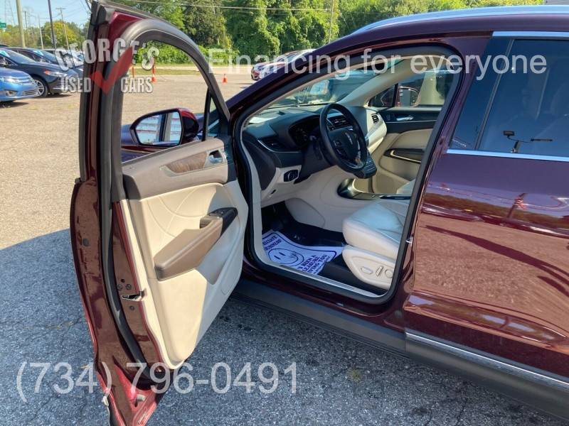 Lincoln MKC 2017 price $22,991
