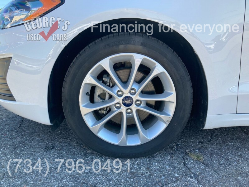 Ford Fusion Hybrid 2019 price $18,691