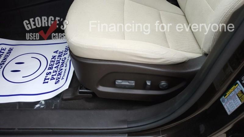 Hyundai Santa Fe 2016 price $13,991