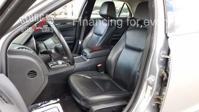 Chrysler 300 2018 price $18,991