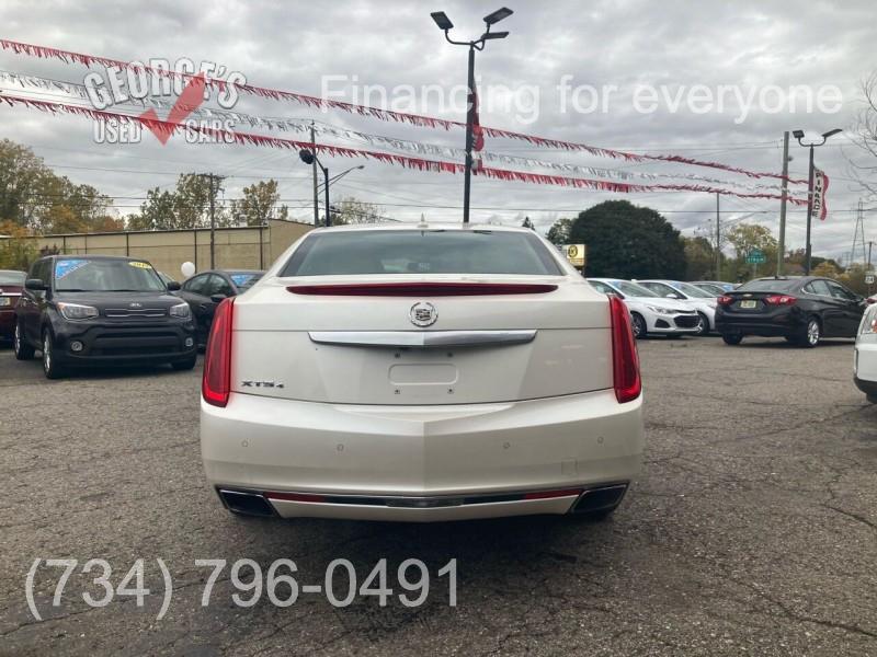 Cadillac XTS 2013 price $14,991