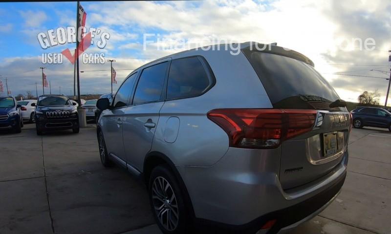 Mitsubishi Outlander 2018 price $15,991