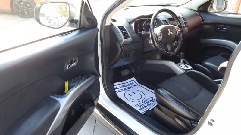Mitsubishi Outlander 2013 price $8,991