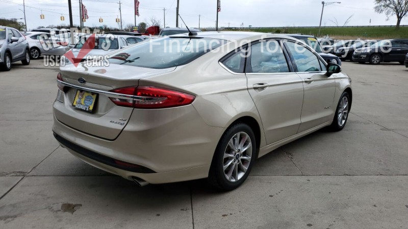 Ford Fusion Hybrid 2017 price $15,991