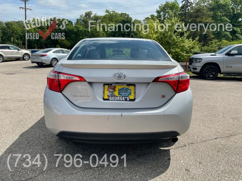 Toyota Corolla 2015 price $11,991