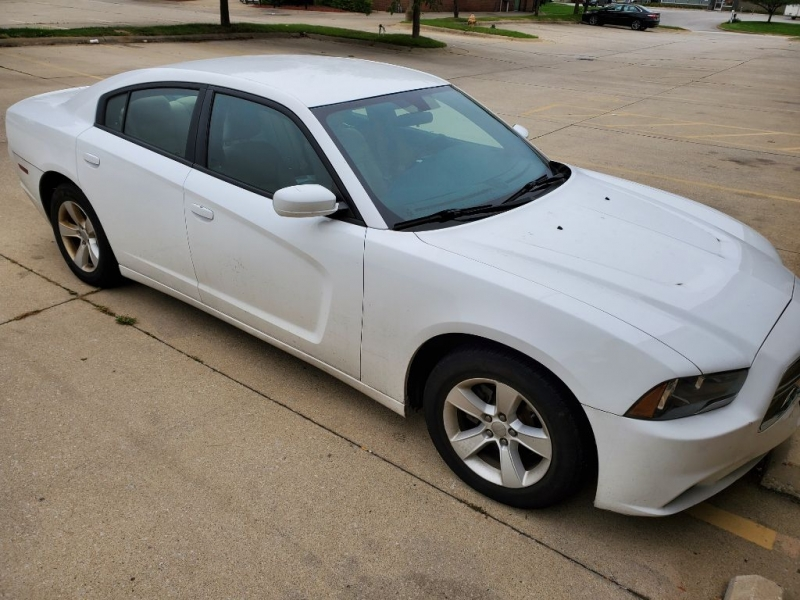 DODGE CHARGER 2013 price $12,900