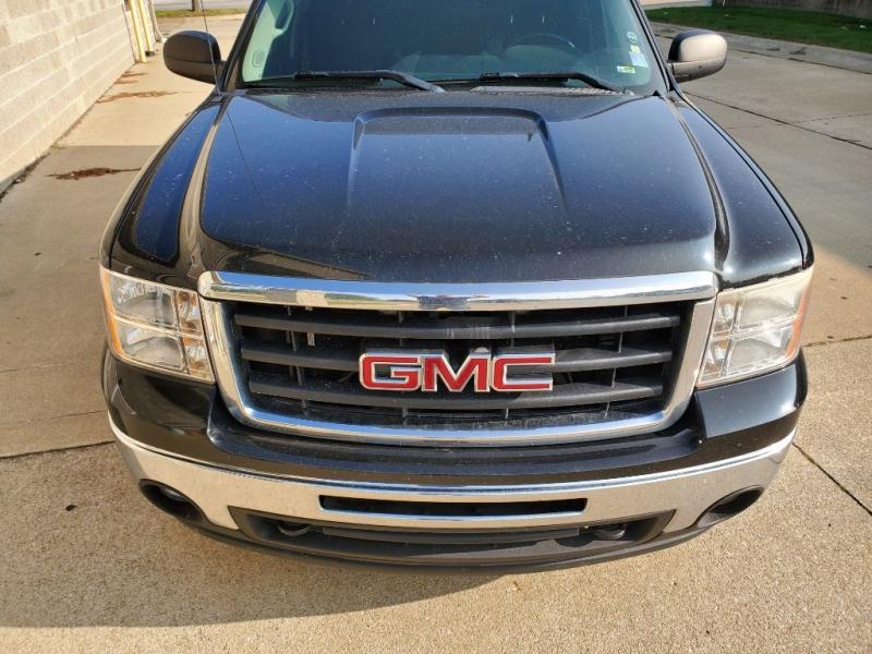 GMC SIERRA 2011 price $13,600