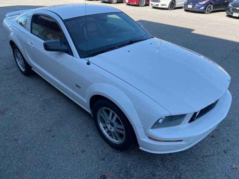 FORD MUSTANG 2005 price $6,700