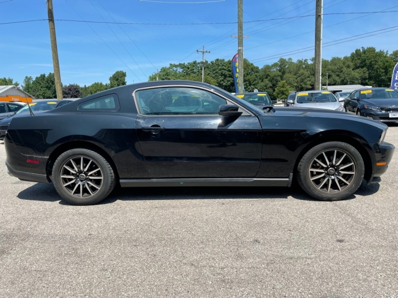 FORD MUSTANG 2012 price $11,900