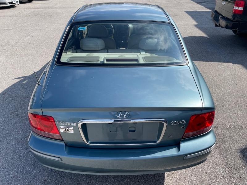 HYUNDAI SONATA 2004 price $4,400