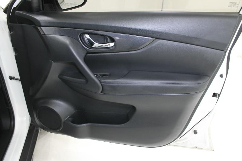 Nissan ROGUE 2017 price $17,777