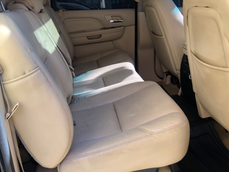 Cadillac Escalade EXT 2007 price $16,988