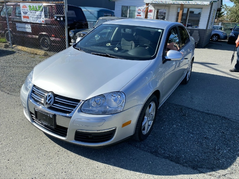 Volkswagen Jetta Sedan 2010 price $7,995