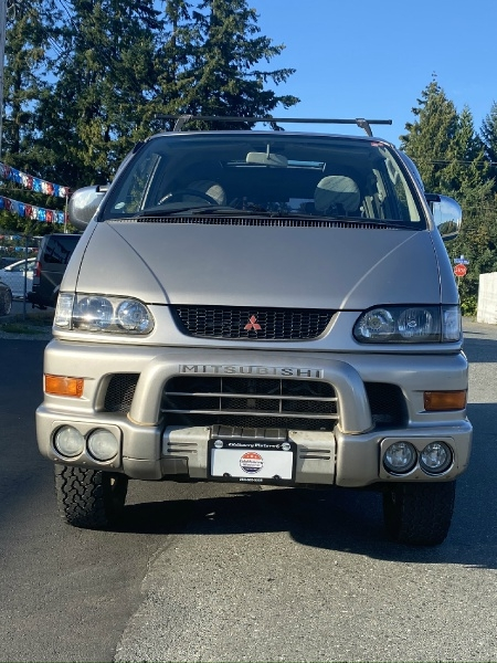 Mitsubishi Delica 1998 price $13,995