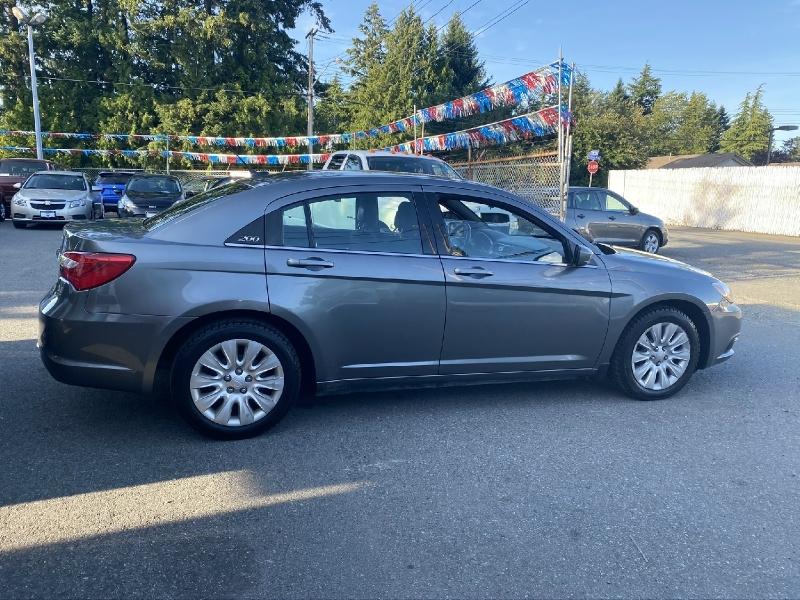 Chrysler 200 2012 price $4,922