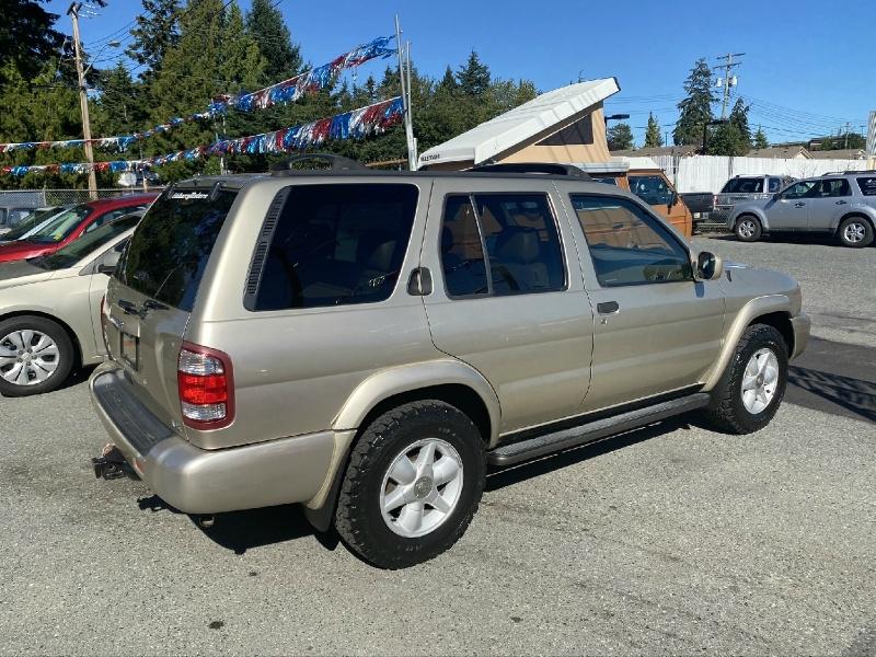 Nissan Pathfinder 2000 price $4,495