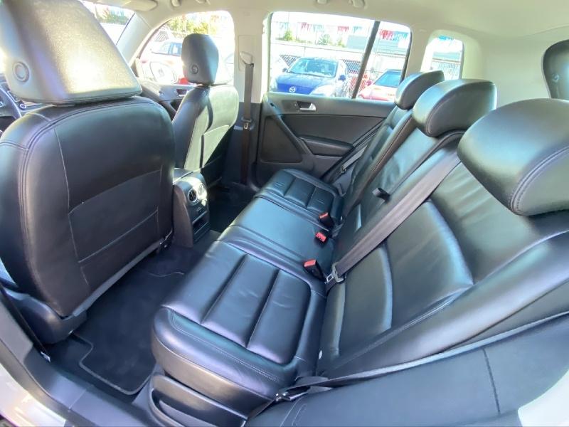 Volkswagen Tiguan 2010 price $9,995