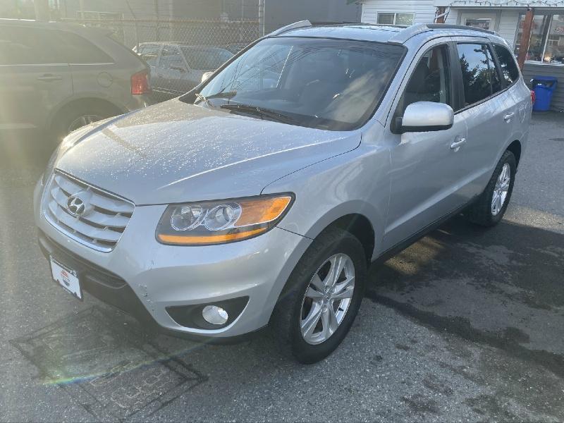 Hyundai Santa Fe 2010 price $8,495