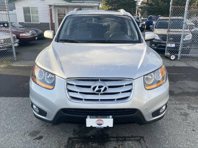 Hyundai Santa Fe 2010 price $7,995