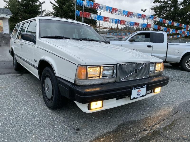 Volvo 760 1986 price $2,995