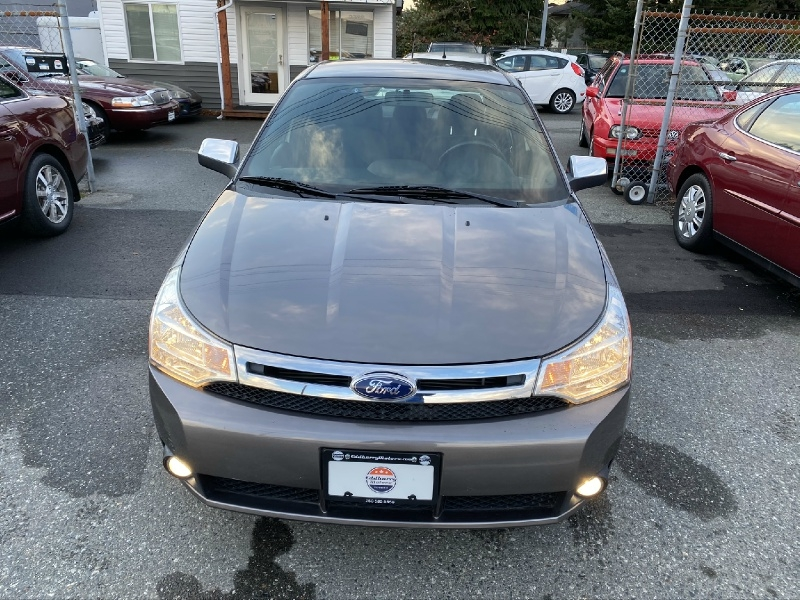 Ford Focus 2011 price $7,995