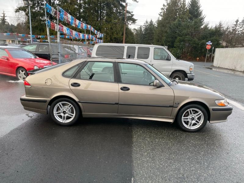 Saab 9-3 2002 price $3,995