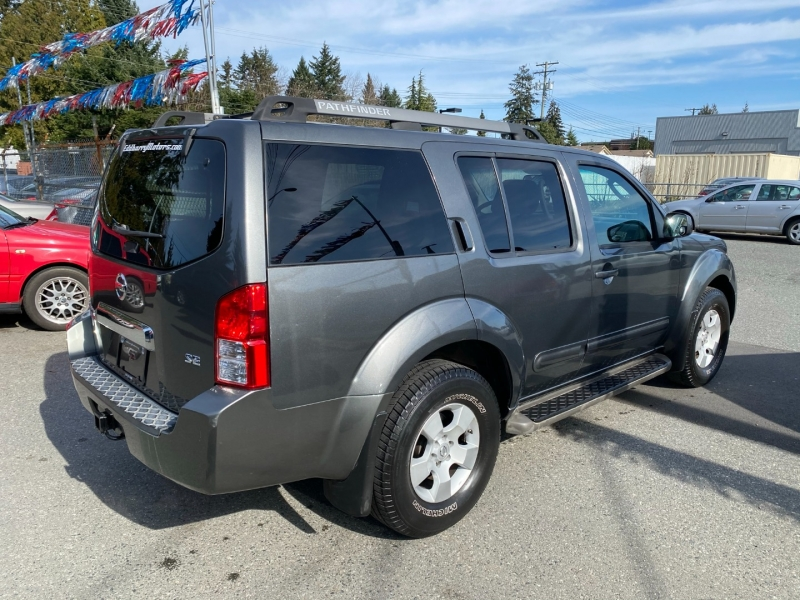 Nissan Pathfinder 2005 price $7,995