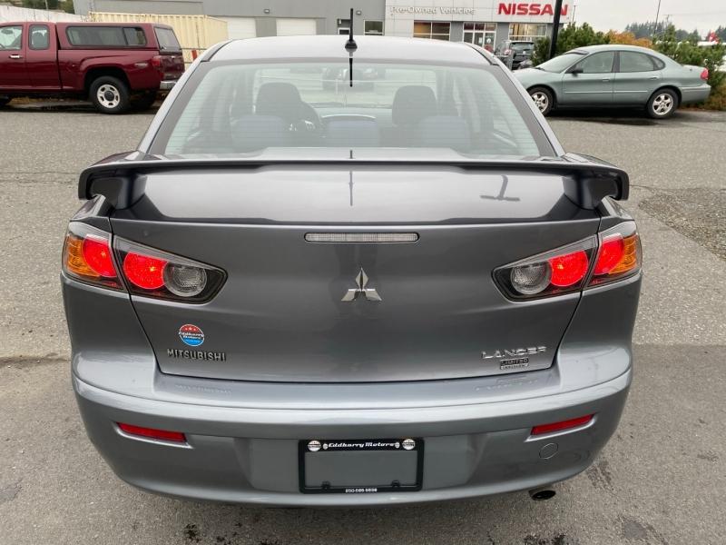 Mitsubishi Lancer 2015 price $8,495