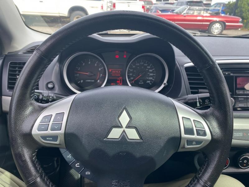 Mitsubishi Lancer 2015 price $8,995