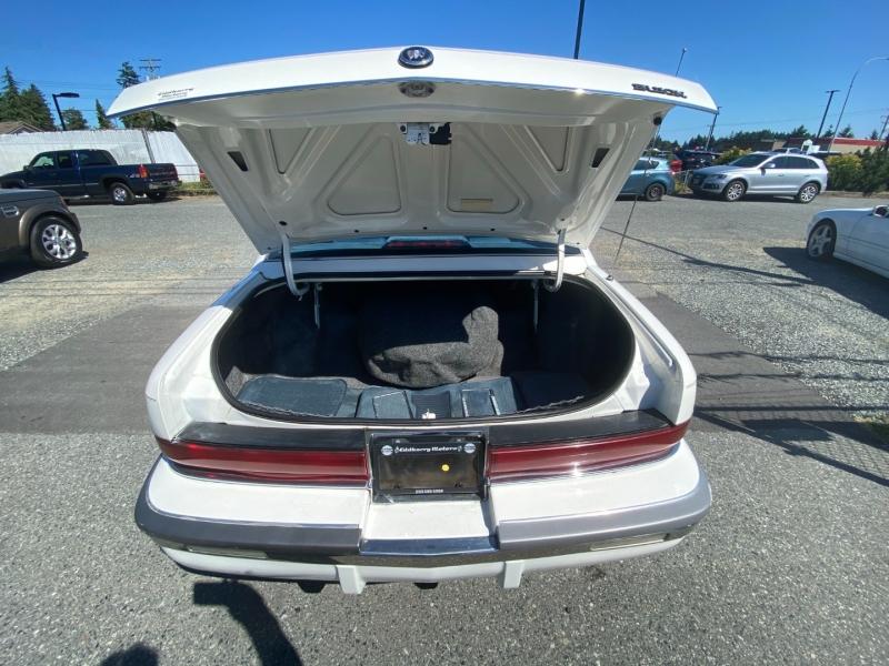 Buick Roadmaster 1992 price $5,995