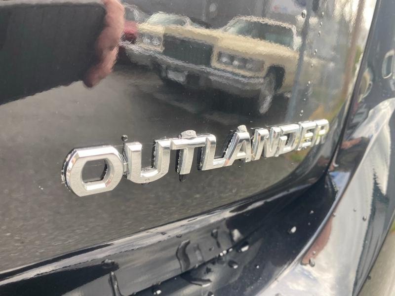 Mitsubishi Outlander 2017 price $11,888
