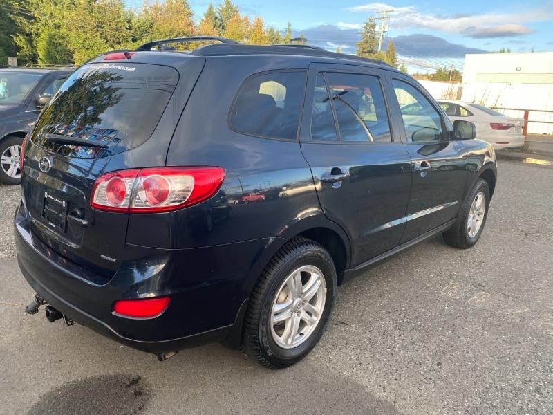 Hyundai Santa Fe 2012 price $9,888