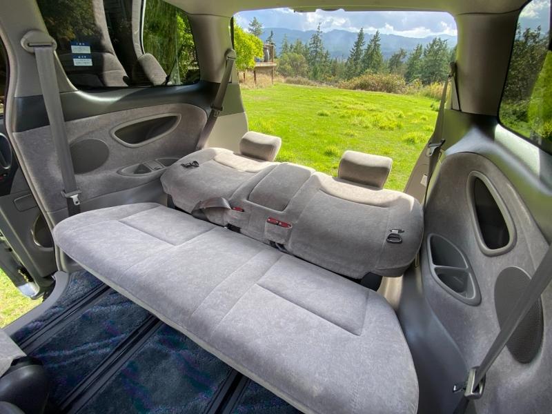 Toyota Estima 2000 price $12,888