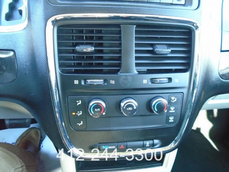 Dodge Grand Caravan 2012 price $9,495