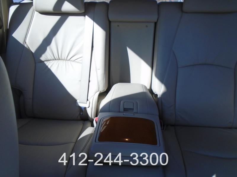 Lexus RX 330 2005 price $8,995