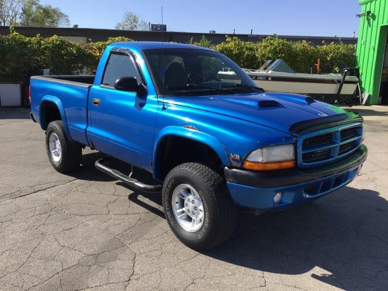 DODGE DAKOTA 1999 price $3,995