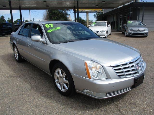 Cadillac DTS 2007 price $6,799