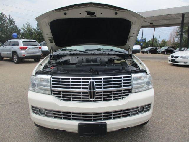 Lincoln Navigator 2008 price $9,349