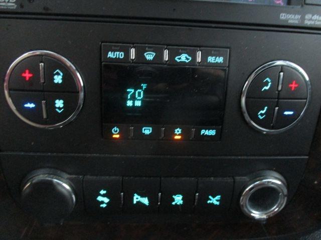 GMC Yukon XL 1500 2011 price $18,999