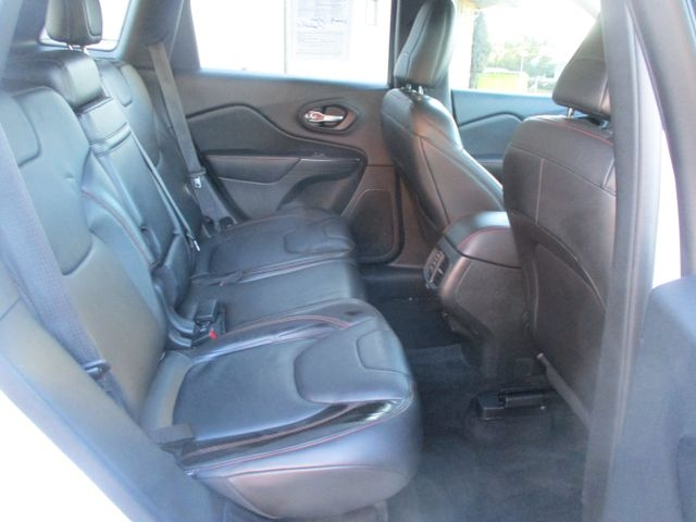 Jeep Cherokee 2015 price $17,999