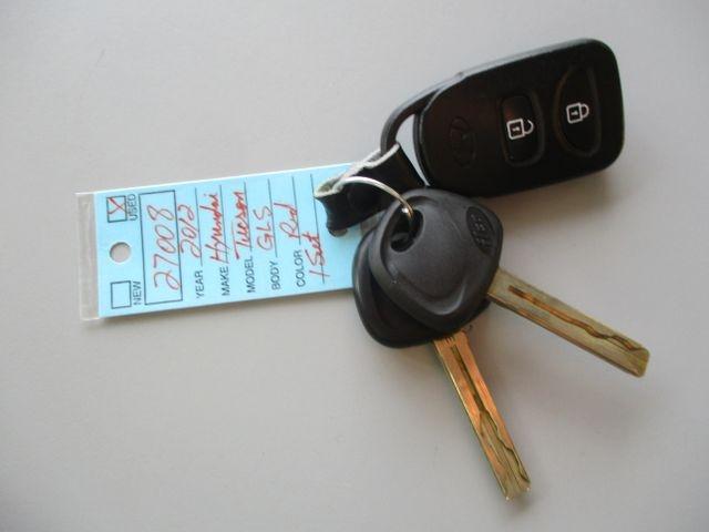 Hyundai Tucson 2012 price $9,999